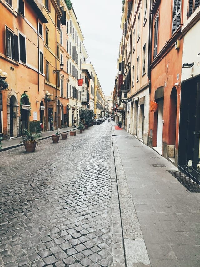 il rinnovamento delle istituzioni culturali: Roma deserta durante il lockdown