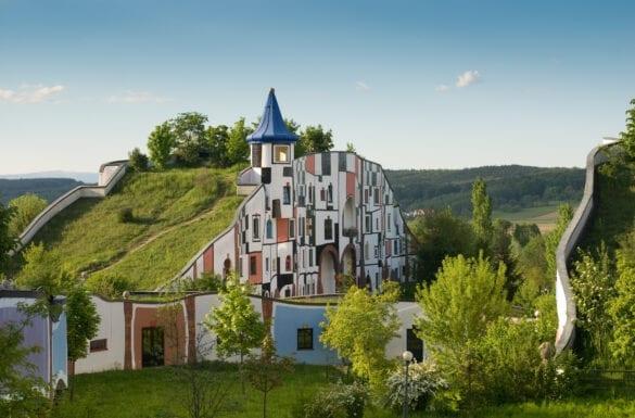 tetti verdi moderno hundertwasser